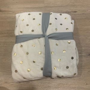 Brand New Nordstrom Rack Gold Polka Dot Blanket